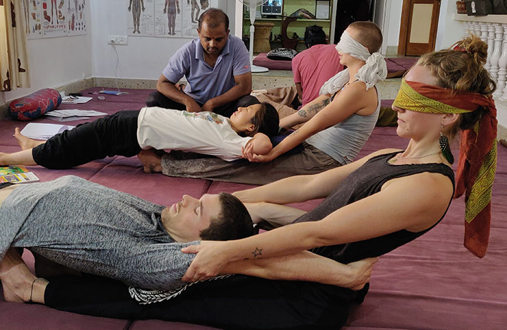 How to avoid Fatigue and Injury during Thai Yoga Massage session